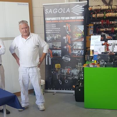 Sagola y Servicolor con los profesionales