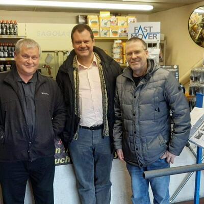 Visitamos a nuestro importador oficial PARRYS GROUP